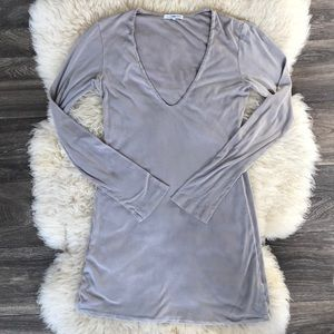 James Perse Extreme V Neck Long Sleeve Top Size 2